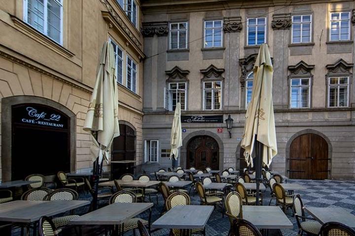 The Nicholas Hotel Residence Prague entrance & Café 22