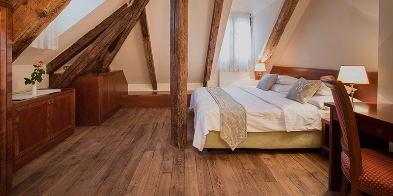 the_nicholas_hotel_prague_room_1_800x400