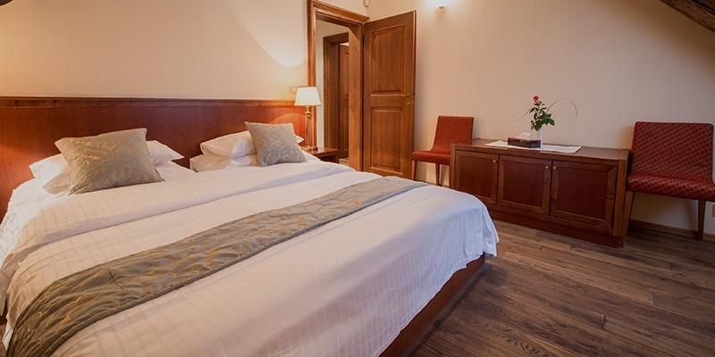 the_nicholas_hotel_prague_room_2_800x400