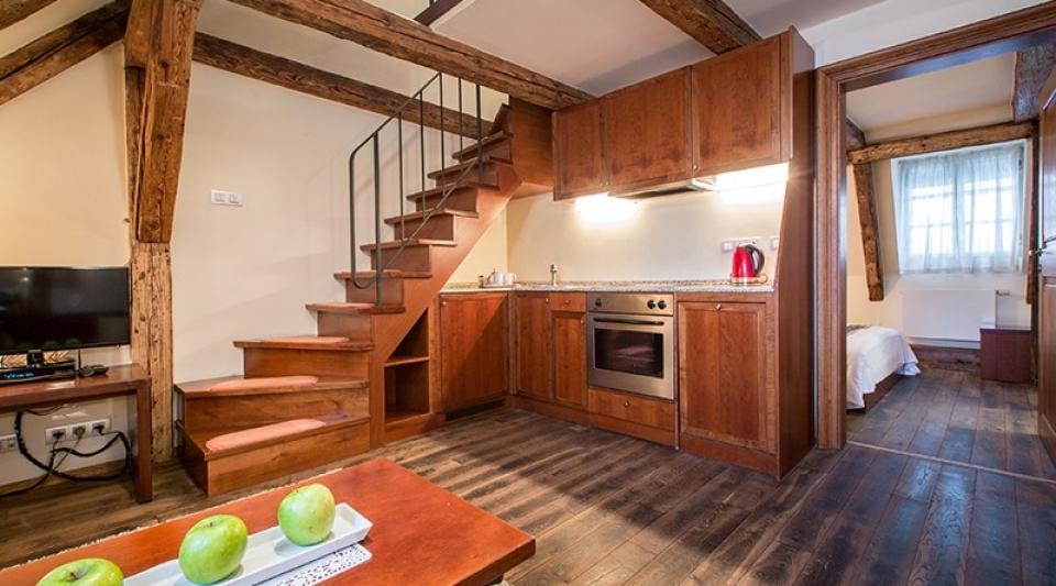 the_nicholas_hotel_prague_kitchen_in_apartment_800x533