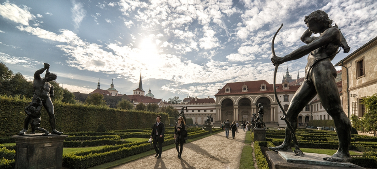 the_nicholas_hotel_prague_spring_2_1000x500